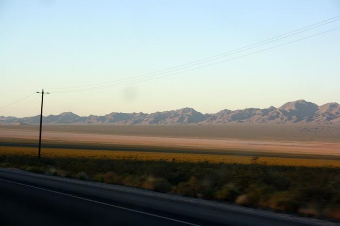 Puesta de sol desierto Mojave EEUU