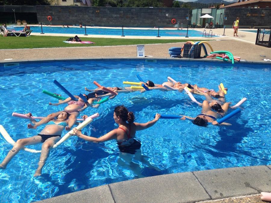 aquagim-olot-curset-piscina-embarassades