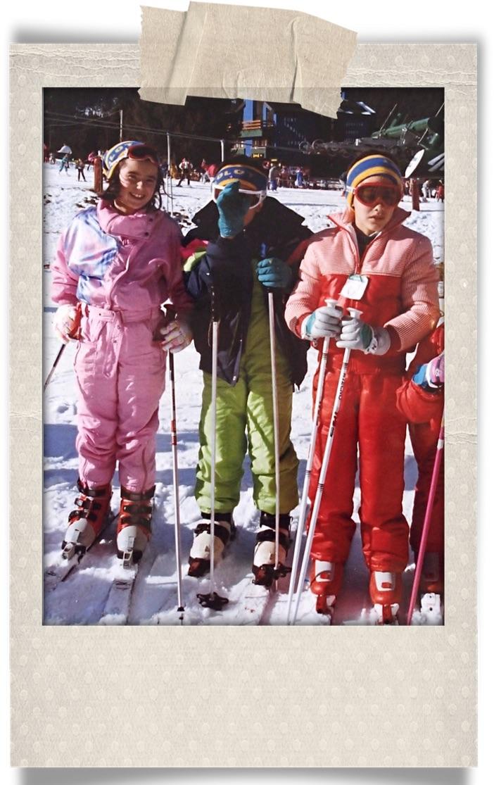Recordando.... Mi hermano y un par de amigos en un cursillo de esquí