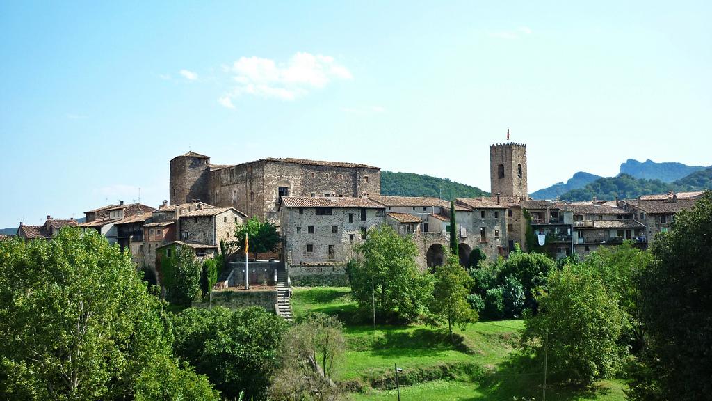 03-medieval-santa-pau-alberttorello-1